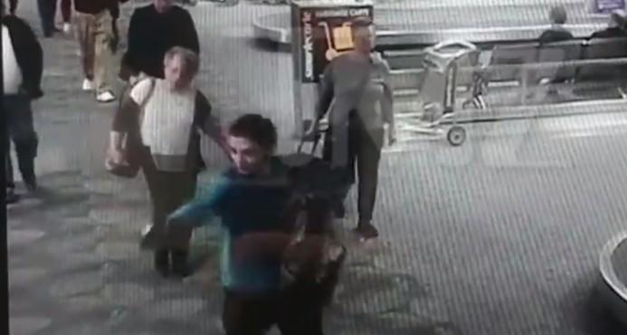 El portal TMZ difunde un video del tiroteo en aeropuerto de Florida