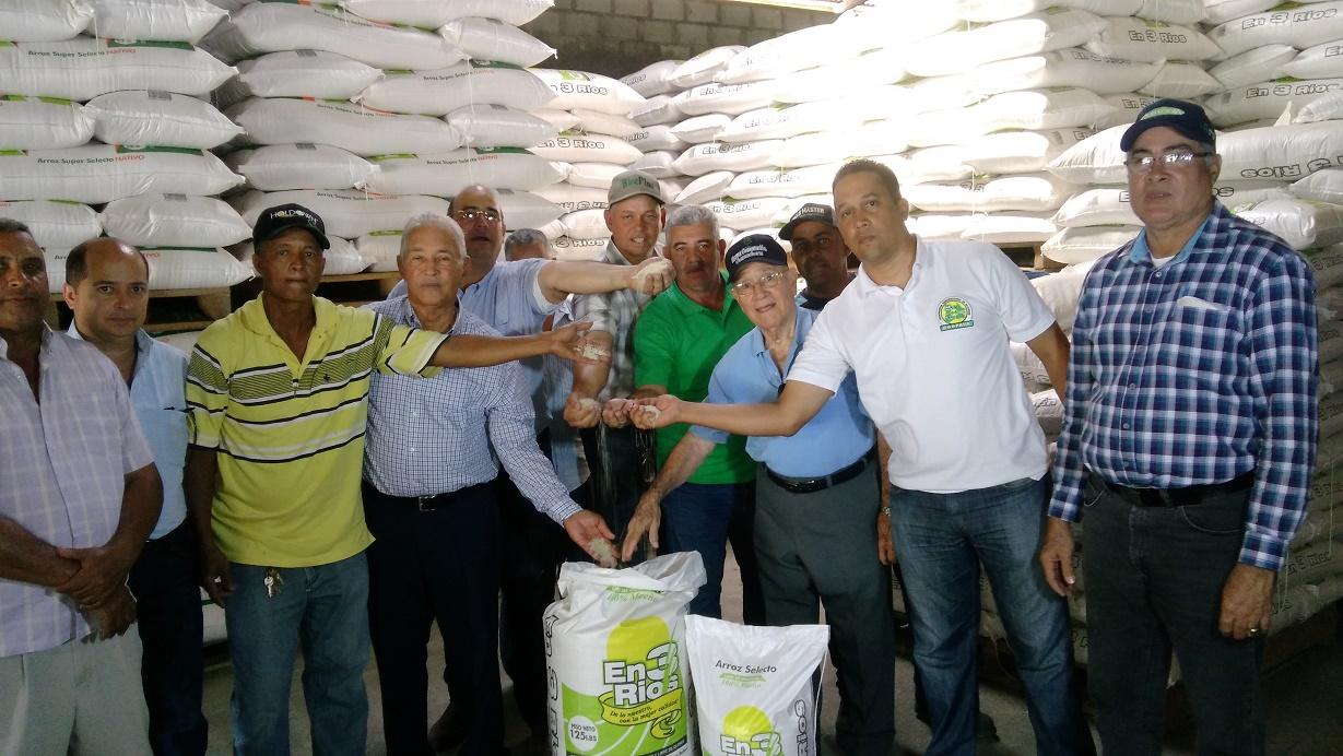 Pro Consumidor analiza arroz y no encuentra material plástico