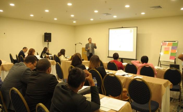 Instituciones realizan taller sobre capacitación en regulación y vigilancia de medicamentos