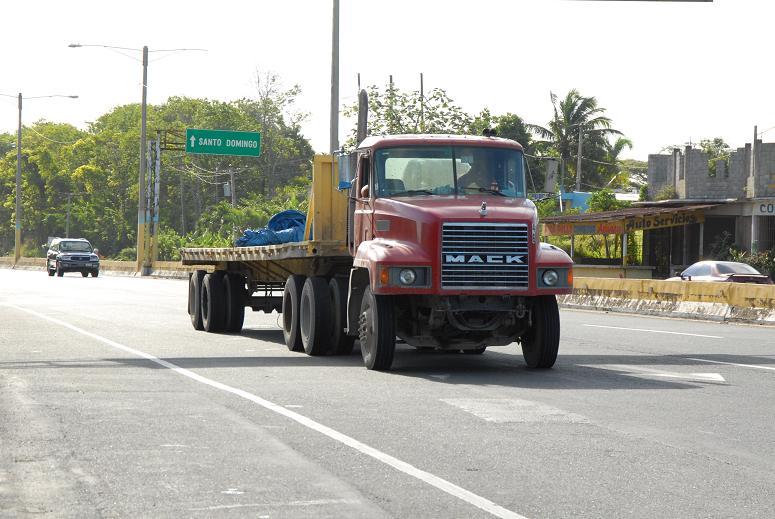 Obras Públicas  prohíbe circulación vehículos pesados durante asueto Semana Santa