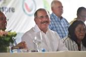 Danilo Medina anuncia salario mínimo de RD$35 mil  para técnicos agropecuarios