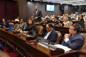Diputados eliminan  del informe del Código Civil el matrimonio entre menores