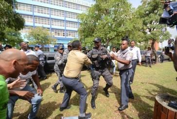 Partidos de oposición condenan agresión en la Procuraduría