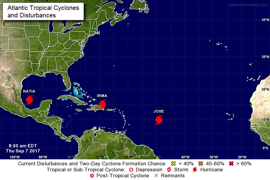 Huracán Irma está a 155 kilómetros al norte de país y provocando lluvias y fuertes vientos