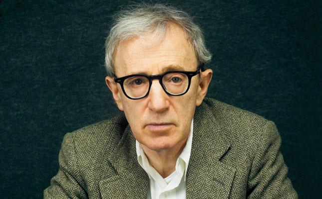 """Woody Allen dijo sentirse """"triste"""" por Harvey Weinstein"""