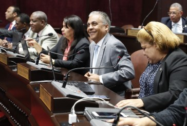 Legisladores critican pedido del PLD a JCE