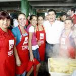 Horacio Cartes durante su visita por el Mercado 4