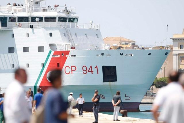 La Guardia costera rescató a los migrantes.