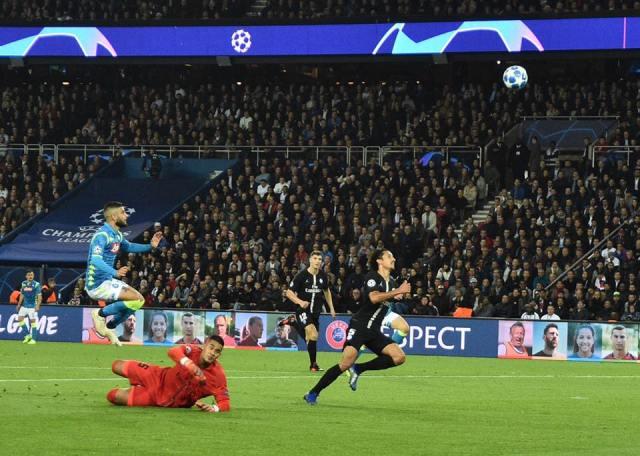 Napoli vs PSG.