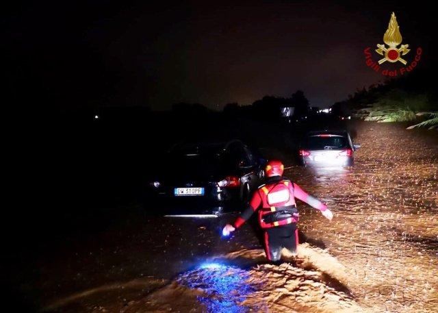Inundación en Calabria. (Bomberos)