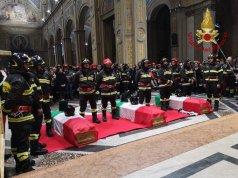 Funeral de los bomberos.