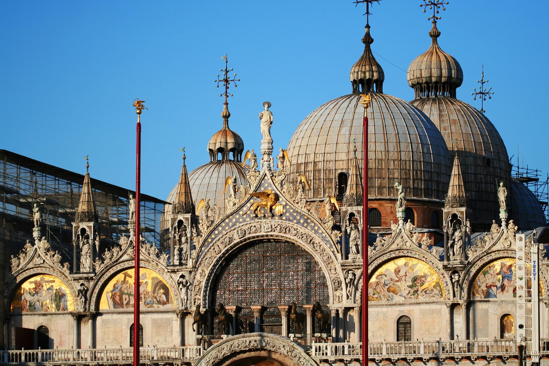 La basílica de San Marcos en Venecia, a punto del derrumbe por el agua | Videos - Ahora Roma