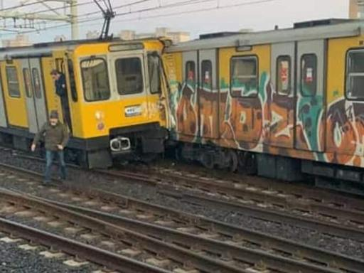 Choque de trenes en Nápoles.