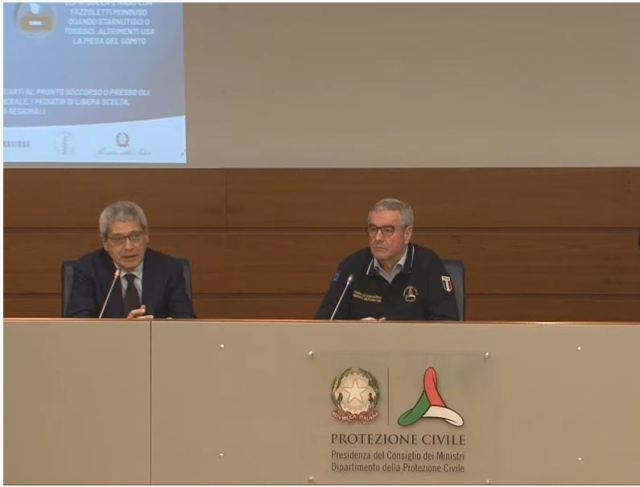Conferencia de Prensa de Angelo Borreli (Foto: Captura YouTube Protezione Civile)