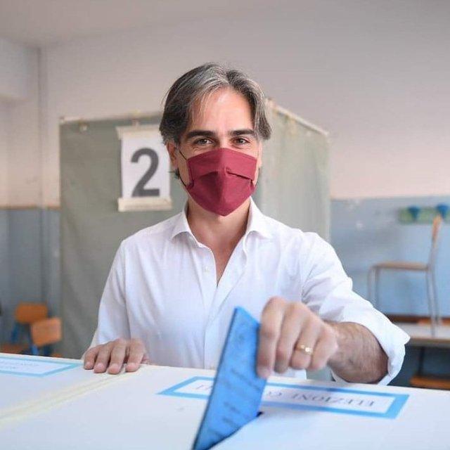 Giuseppe Falcomatà, reelecto alcalde de Reggio Calabria (Foto: Twitter Falcomatà)