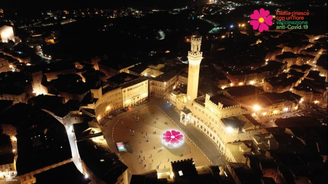 Representación de la carpa de vacunación en la Piazza del Campo, en Siena (Foto: INVITALIA)