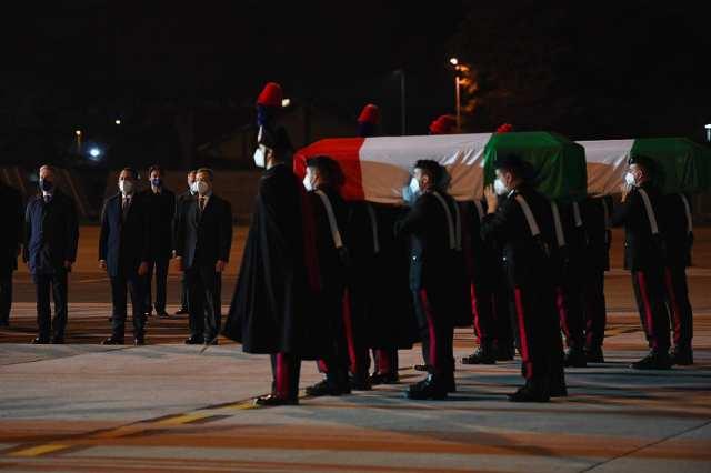 Los cuerpos de Attanasio y su escolta arribaron a Ciampino (Foto: Twitter Luigi Di Maio)