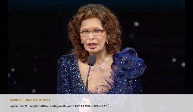 Sofía Loren al recibir su premio (Foto: Accademia del Cinema Italiano)