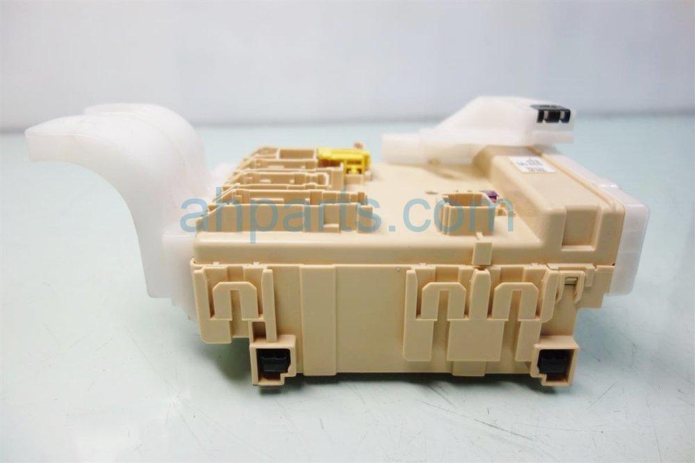 medium resolution of  2014 toyota corolla dash fuse box 82730 02f42 replacement