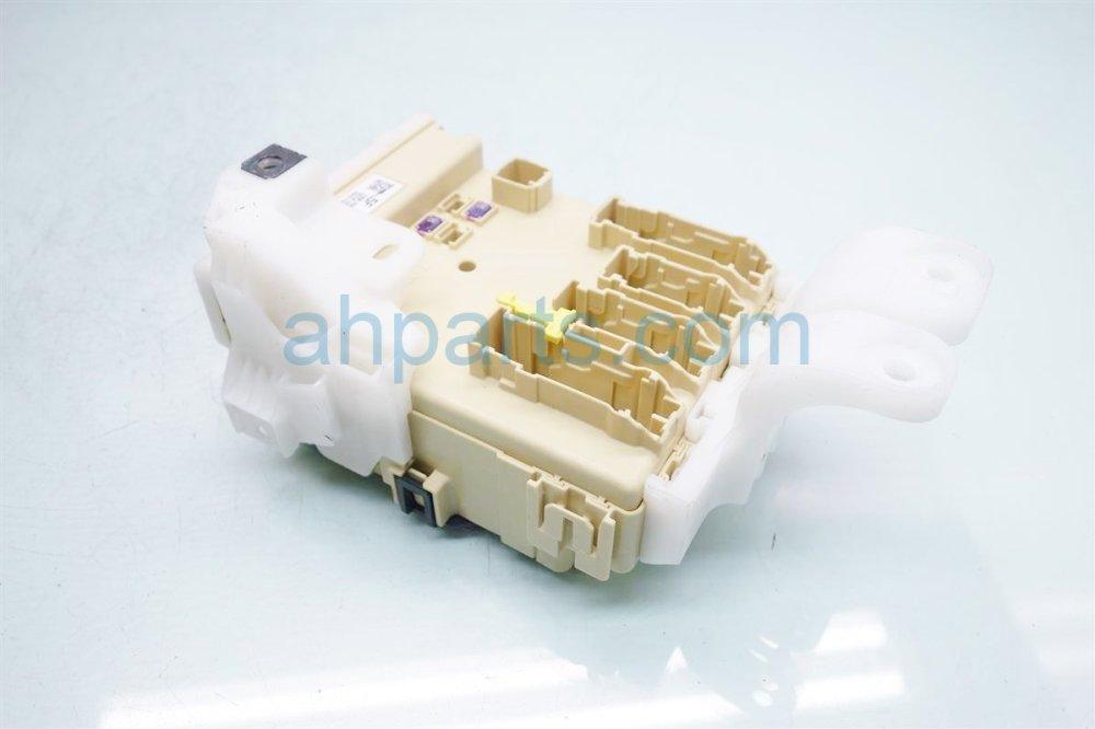 medium resolution of  2016 toyota corolla dash fuse box with multiplex unit 82730 02f40 replacement
