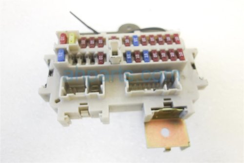 small resolution of  2005 nissan xterra interior fuse box 24350 ea000 replacement