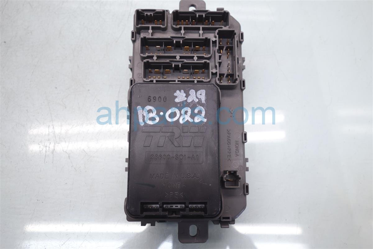 hight resolution of 1999 honda civic cabin fuse box assy 38200 s04 a01 1996 honda civic fuse diagram 1999