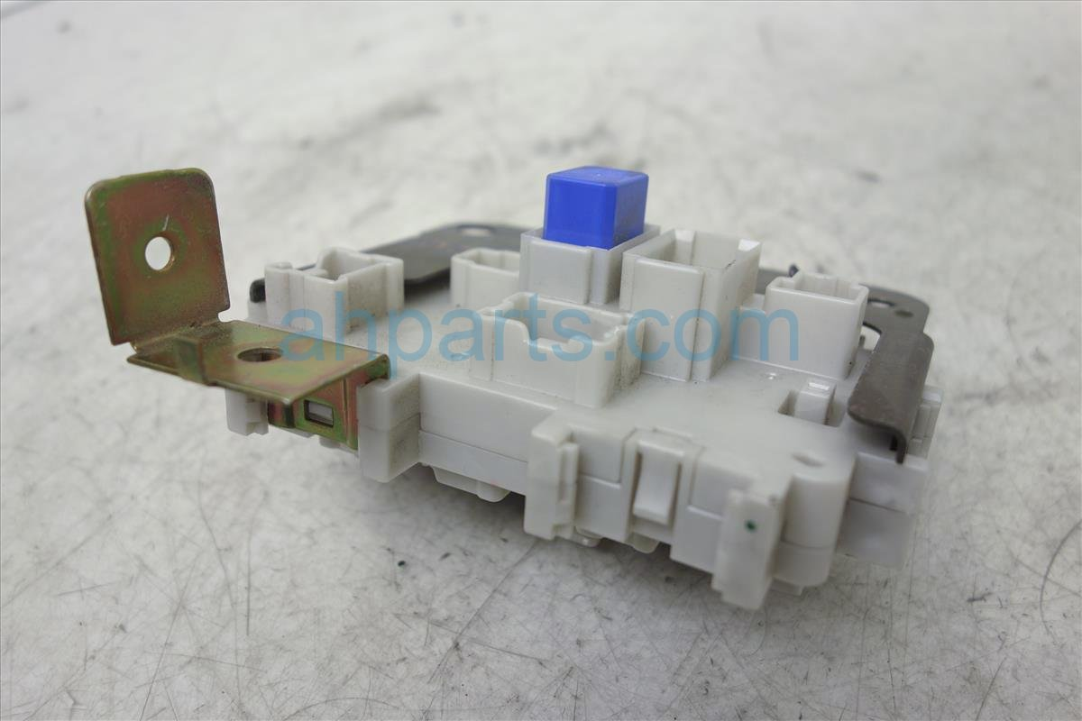 hight resolution of  2006 nissan pathfinder passenger fuse box junction 24350 ea00a replacement