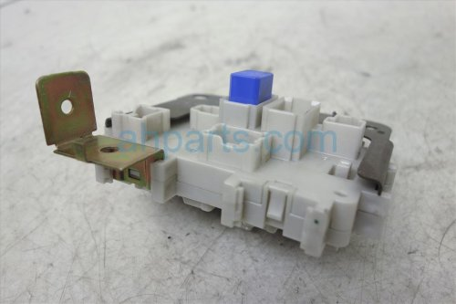 small resolution of  2006 nissan pathfinder passenger fuse box junction 24350 ea00a replacement