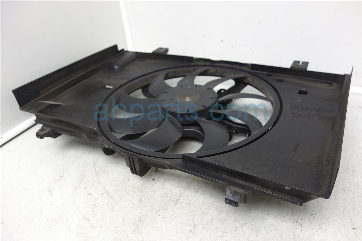 hight resolution of 2009 nissan cube radiator cooling fan assembly 21483 1fa0a replacement