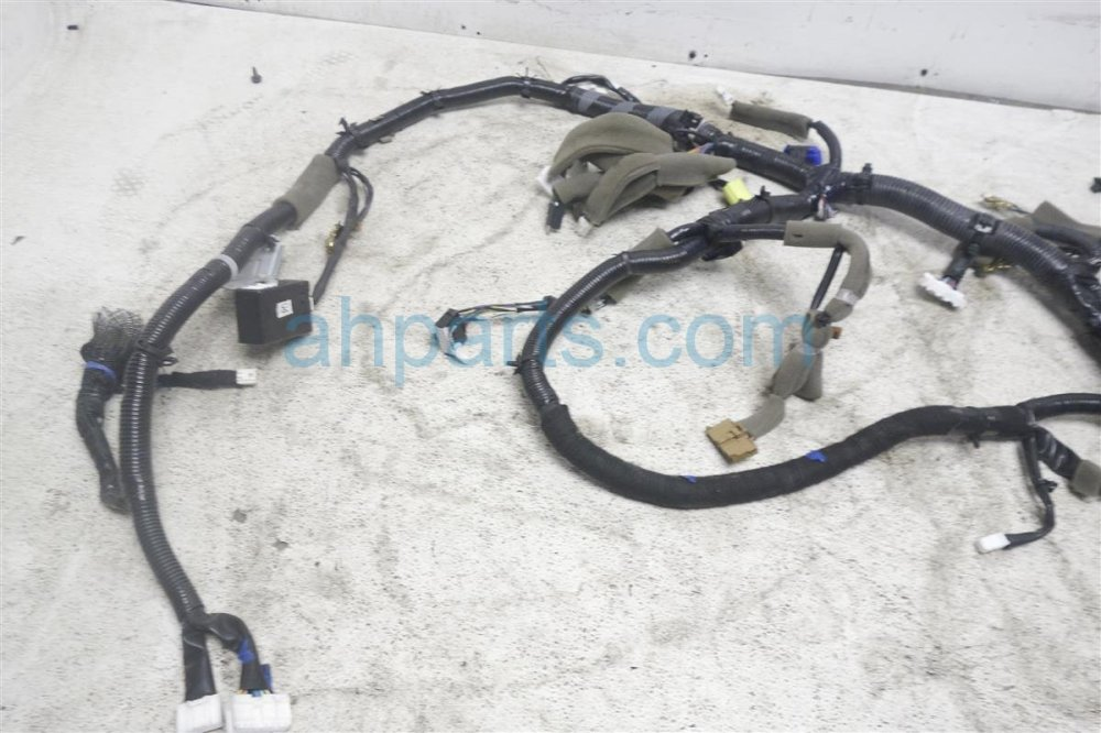 medium resolution of 2015 nissan versa main wiring harness 24010 9kk3a on 2015 chevrolet versa