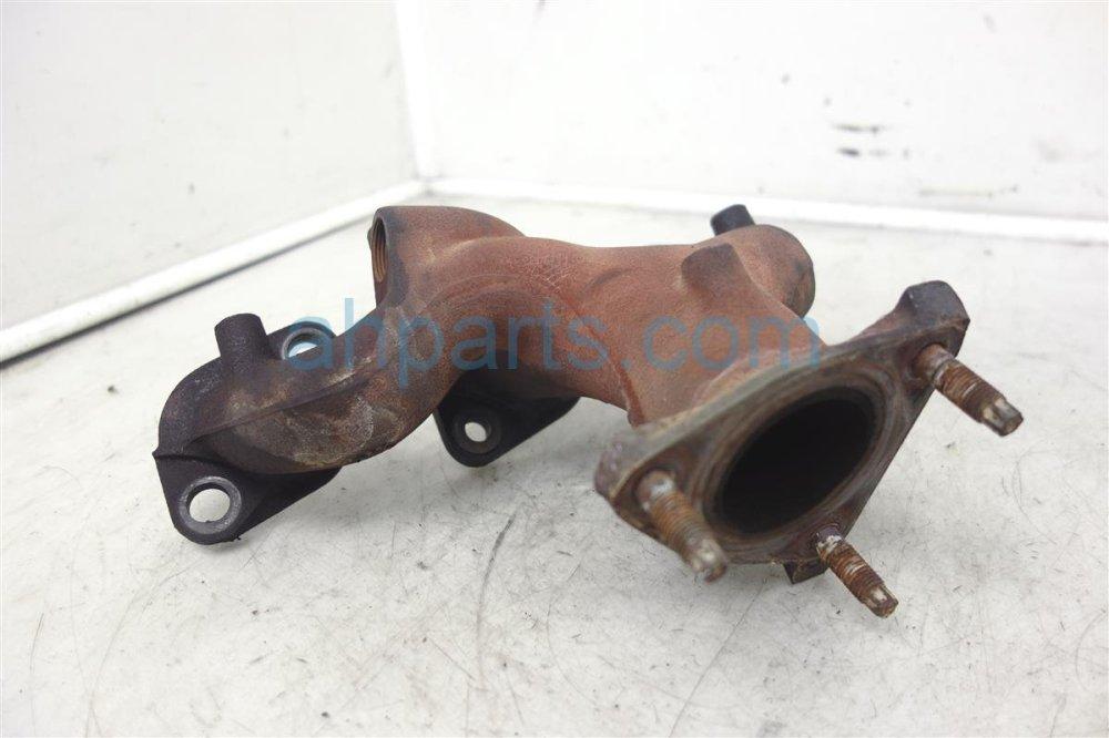 medium resolution of  2000 nissan maxima rear exhaust manifold 14004 31u00 replacement