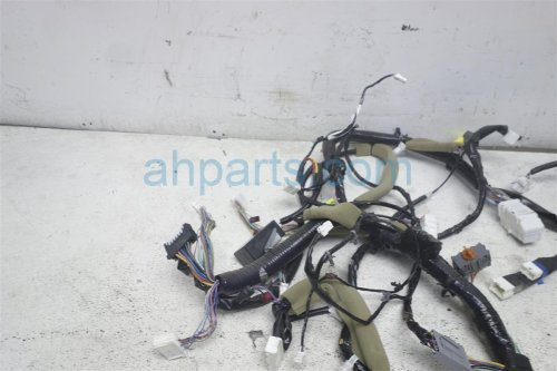 small resolution of  2013 nissan rogue main dash wire harness s 24010 1vy0a replacement