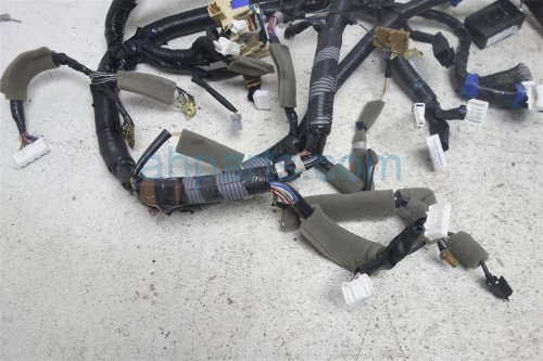 small resolution of  2015 nissan versa main dash wire harness note 24010 9mb0a on 2015 ford versa
