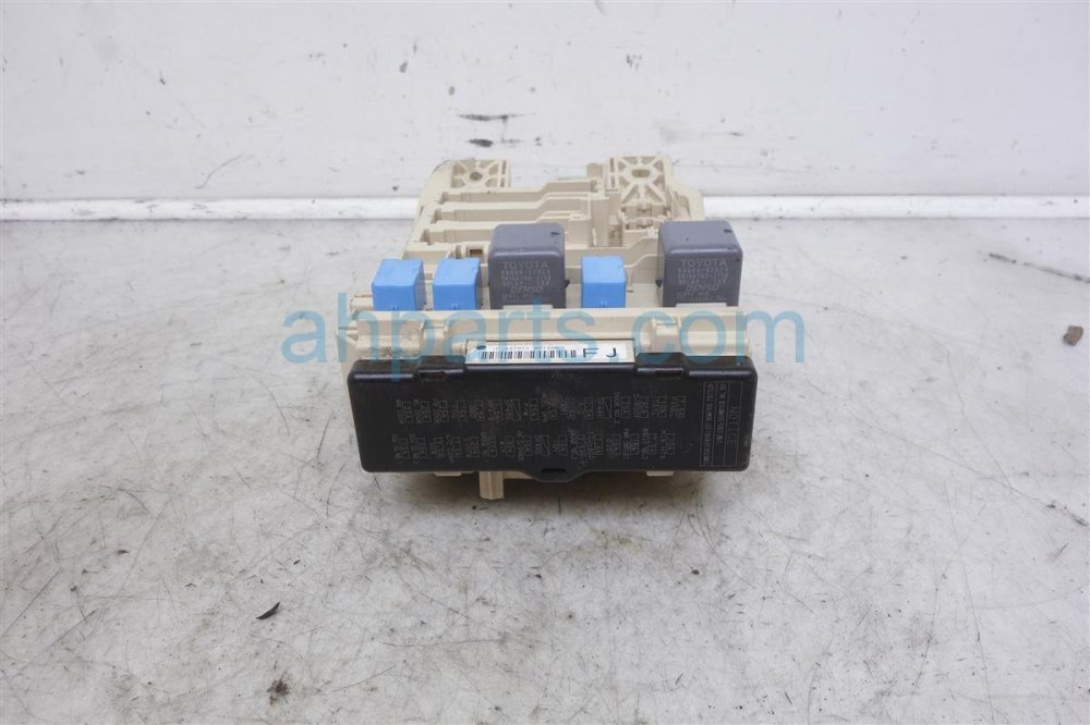 medium resolution of  2007 toyota avalon cabin junction fuse box 82730 ac061 replacement