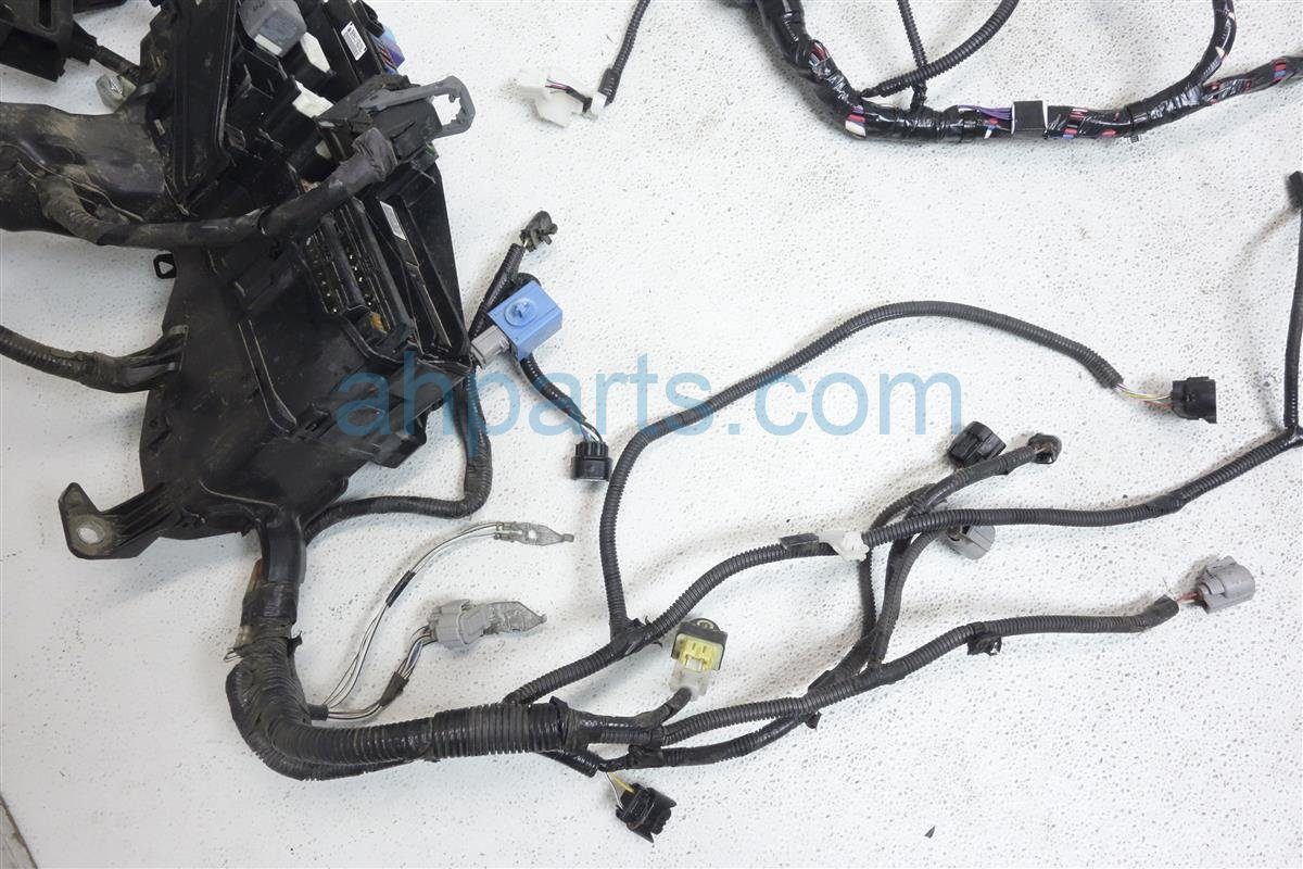 hight resolution of  2015 toyota camry engine room wire harness 82115 06l71 replacement