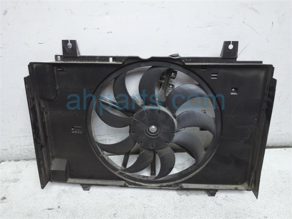 medium resolution of  2014 nissan cube cooling radiator fan assembly 21481 1fc5a replacement
