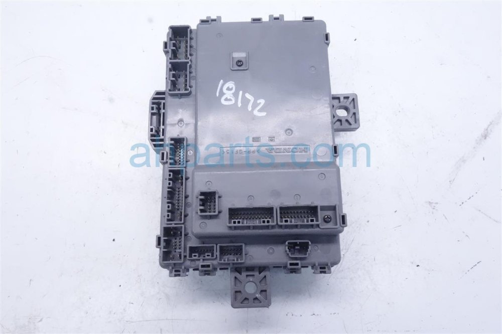 medium resolution of 2016 acura ilx cabin fuse box 38200 tx6 a032016 acura ilx cabin fuse box 38200 tx6