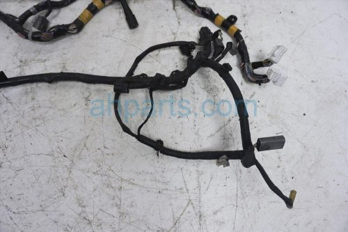 small resolution of  2001 mazda miata engine wiring harness nc72 67 020 replacement