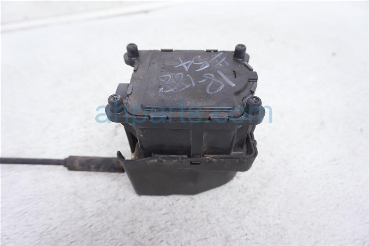 hight resolution of  1999 toyota camry cruise control speed regulator 88200 06010 replacement