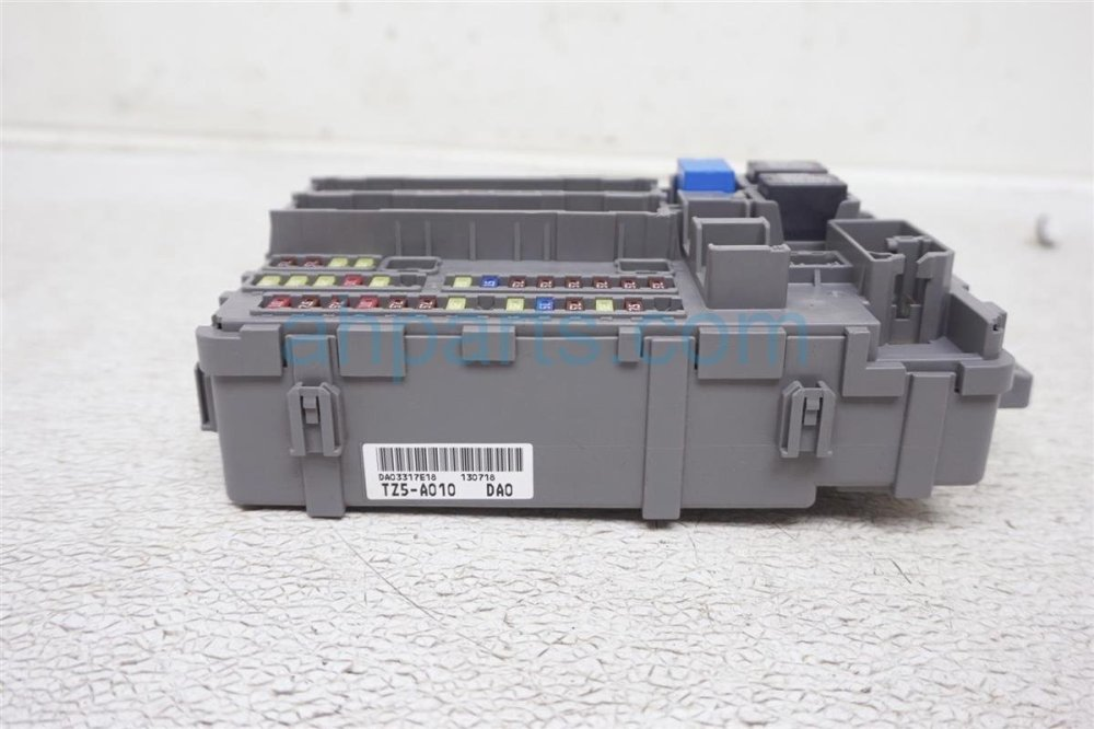 medium resolution of  2014 acura mdx driver cabin fuse box 38200 tz5 a01 replacement