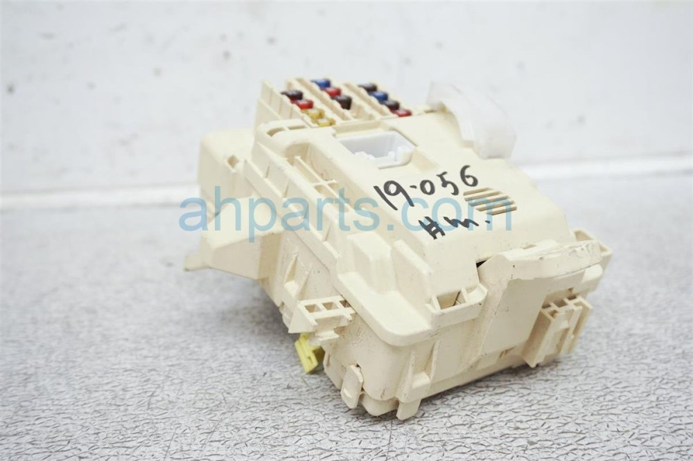 medium resolution of  2001 toyota tacoma cabin fuse box 82730 04010 replacement