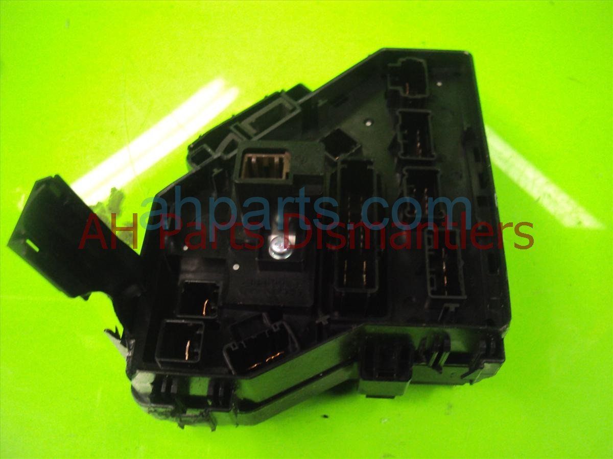 hight resolution of 2010 honda pilot engine fuse box broken tab 38250 sza a51 replacement