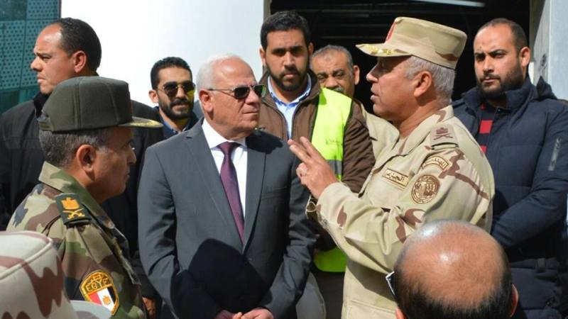 رئيس الهيئة الهندسية ومحافظ بورسعيد يتفقدان اعمال تطوير مستشفى بورسعيد العام