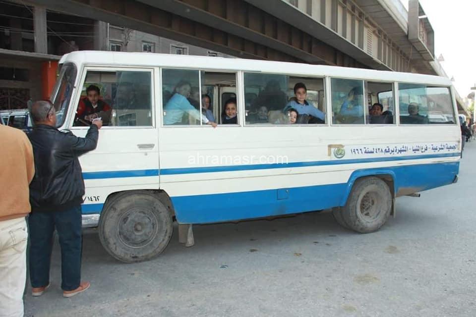 استمرار حملات الكشف عن المخدرات بين سائقي الحافلات المدرسية في الأكمنة بمحافظة المنيا