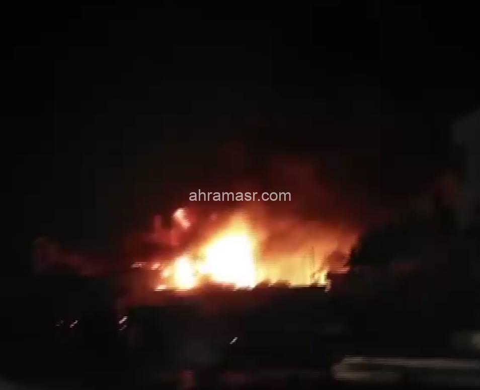 حريق هائل داخل مصنع أخشاب بمنطقة 6 أكتوبر بالجيزة