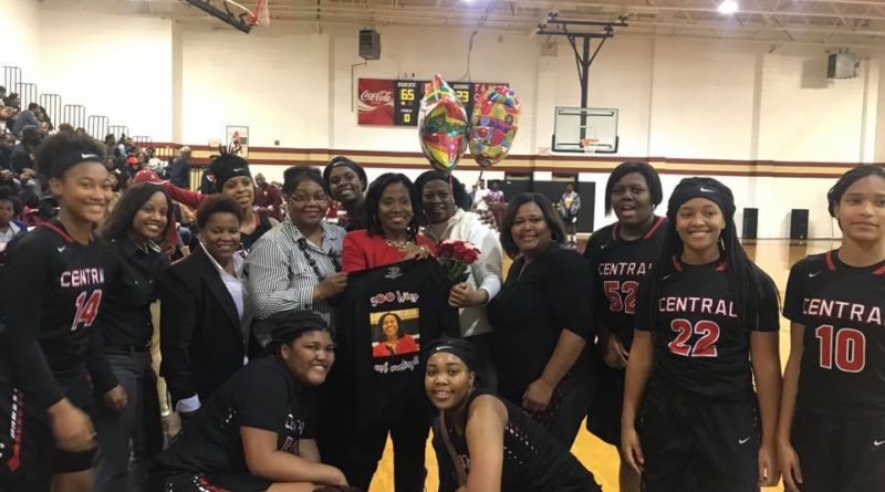 Central-Phenix City Lady Red Devils Notch 500th Career Win for Coach Carolyn Wright