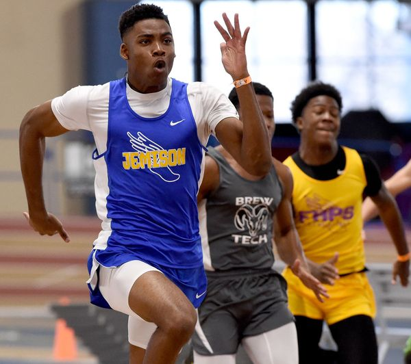 Hoover, Homewood Set to Defend Titles After Tune-Up at Last Chance Meet