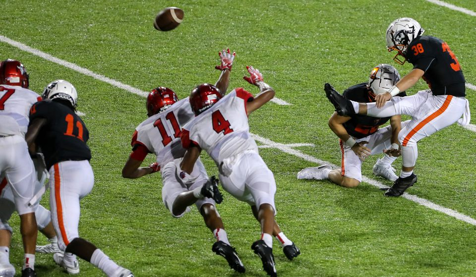 Hoover Beats Central 17-14 on Last-Second Field Goal by Kicker Constantine Hontzas