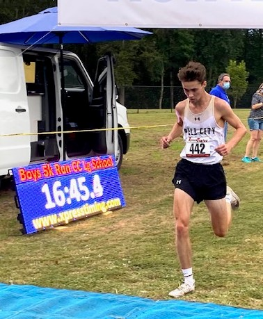 Pell City's Jack Lowe Grabs Spotlight with Strong Finish to Win Wildcats Twilight Race