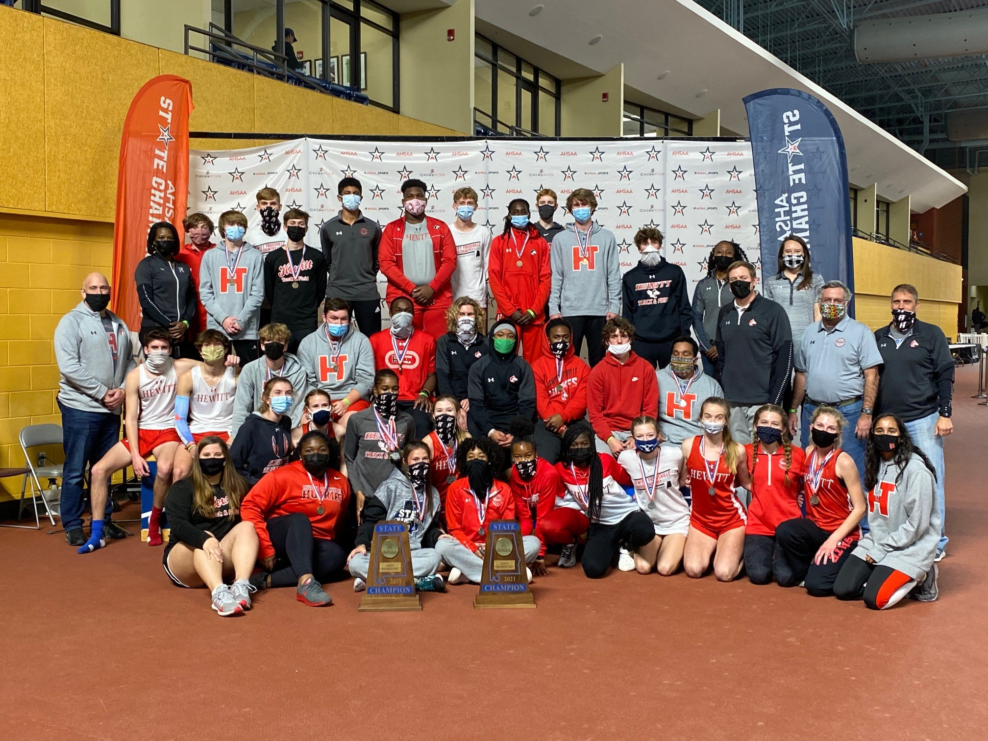 Hewitt-Trussville Sweeps Boys' and Girls' 7A State Indoor Track Championships